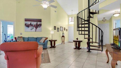 1370-Black-Willow-Trail--Altamonte-Springs--FL-32714----04---Family-Room.jpg