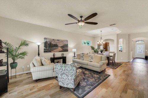 21-Apian-Way--Ormond-Beach--FL-32174----11---Family-Room.jpg