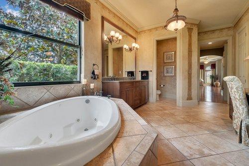 7745-Markham-Bend-Pl--Sanford--FL-32771----21---Master-Bathroom.jpg