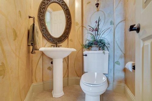 7745-Markham-Bend-Pl--Sanford--FL-32771----23---Bathroom.jpg