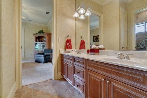 7745-Markham-Bend-Pl--Sanford--FL-32771----25---Bathroom.jpg