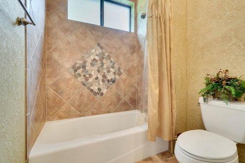 7745-Markham-Bend-Pl--Sanford--FL-32771----26---Bathroom.jpg