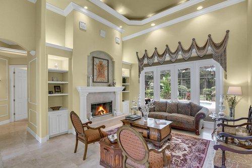 17908-Burnt-Oak-Ln.-Lithia--FL-33547--08--Living-Room-1.jpg