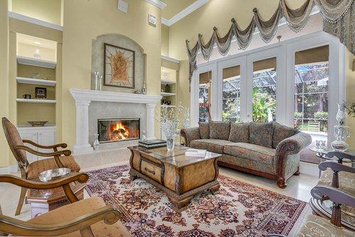 17908-Burnt-Oak-Ln.-Lithia--FL-33547--14--Living-Room-2.jpg