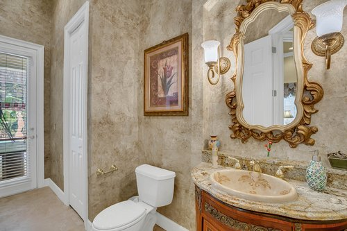 17908-Burnt-Oak-Ln.-Lithia--FL-33547--20--Bath-2.jpg