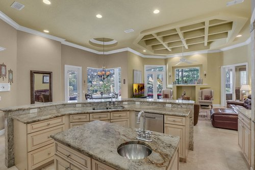 17908-Burnt-Oak-Ln.-Lithia--FL-33547--36--Kitchen-2.jpg