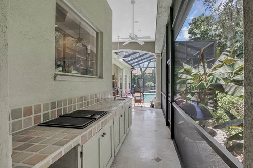 17908-Burnt-Oak-Ln.-Lithia--FL-33547--55--Outdoor-Kitchen.jpg