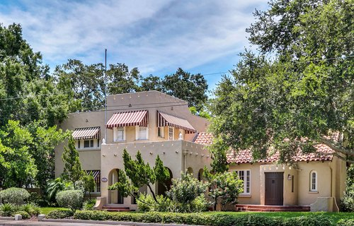 4024-W-Bay-to-Bay-Blvd.-Tampa--FL-33629--01--Exterior-Front-1.jpg