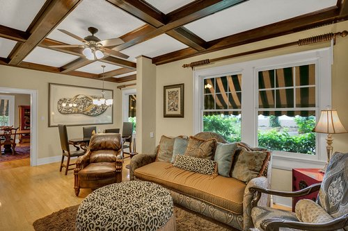4024-W-Bay-to-Bay-Blvd.-Tampa--FL-33629--45--Family-Room-2.jpg