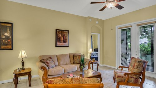 1015-Ridgemount-Pl--Lake-Mary--FL-32746--38-----12---Family-Room.jpg