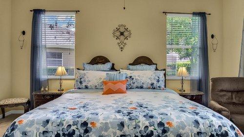 1015-Ridgemount-Pl--Lake-Mary--FL-32746--38-----22---Master-Bedroom.jpg