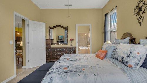 1015-Ridgemount-Pl--Lake-Mary--FL-32746--38-----23---Master-Bedroom.jpg