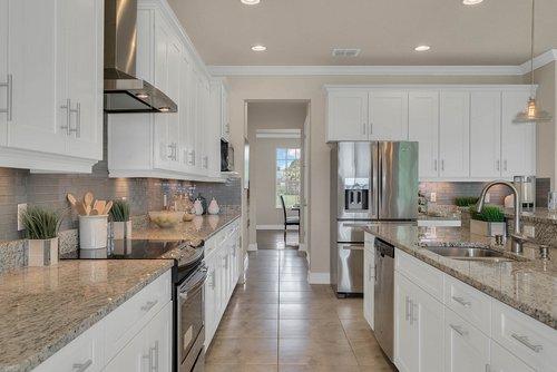 16142-Johns-Lake-Overlook-Dr--Winter-Garden--FL-34787----16---Kitchen.jpg