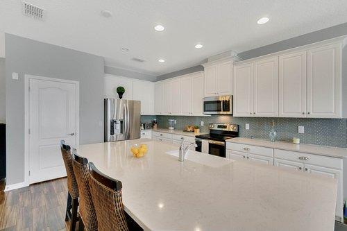 627-Stone-Oak-Dr--Sanford--FL-32771----07---Kitchen.jpg