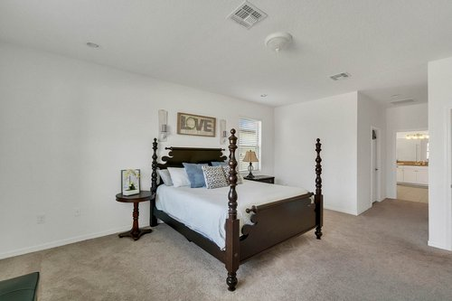 627-Stone-Oak-Dr--Sanford--FL-32771----13---Master-Bedroom.jpg