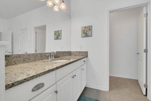 627-Stone-Oak-Dr--Sanford--FL-32771----15---Master-Bathroom.jpg