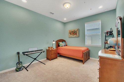 627-Stone-Oak-Dr--Sanford--FL-32771----17---Bedroom.jpg