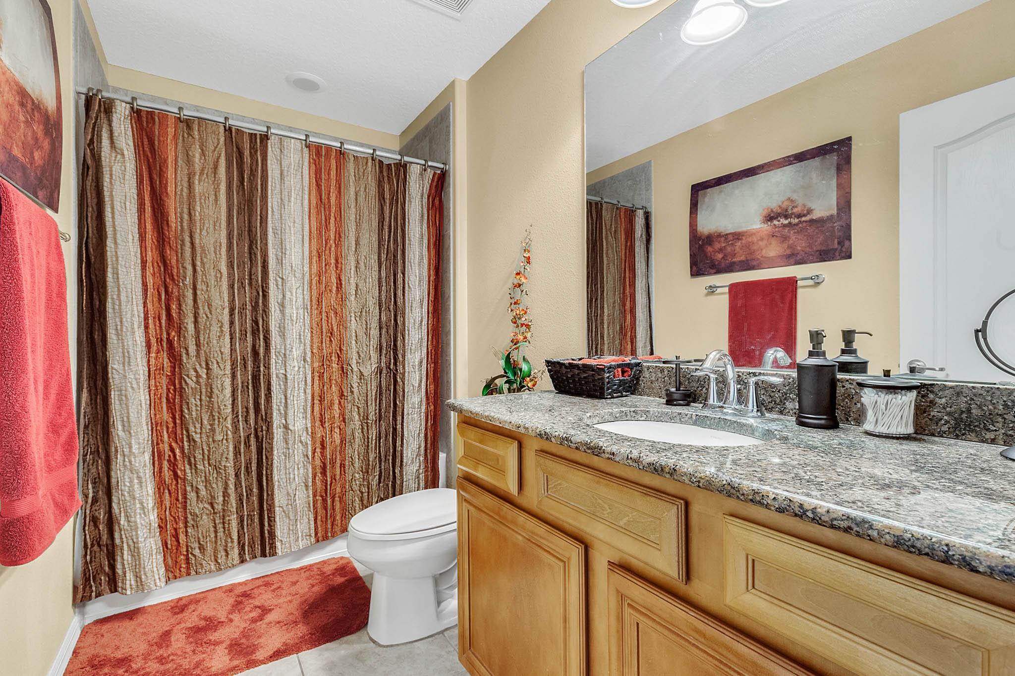 1417-Priory-Cir--Winter-Garden--FL----13---Bathroom.jpg