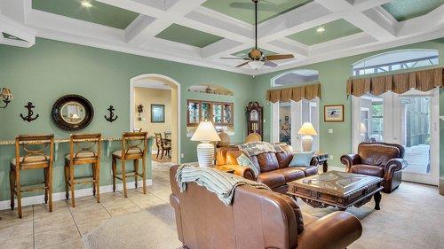 731-Mills-Estate-Pl--Chuluota--FL-32766----07---Family-Room.jpg