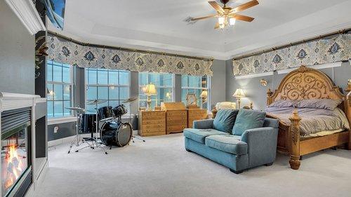 731-Mills-Estate-Pl--Chuluota--FL-32766----14---Master-Bedroom.jpg