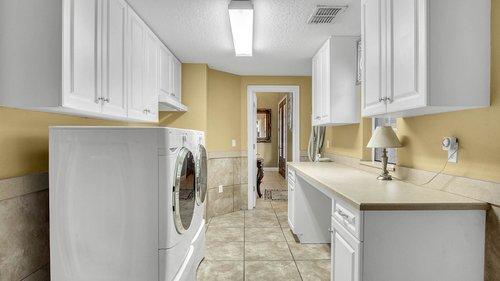 731-Mills-Estate-Pl--Chuluota--FL-32766----27---Laundry.jpg