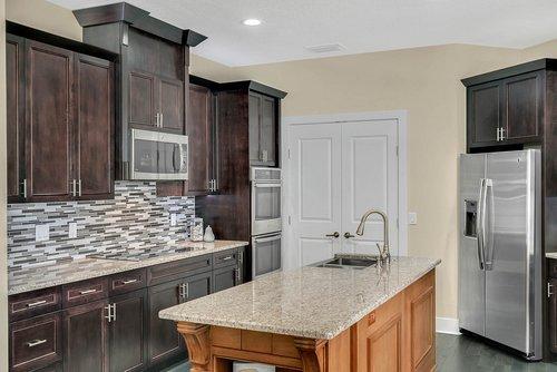 9000-Easterling-Dr--Orlando--FL-32819----13---Kitchen.jpg