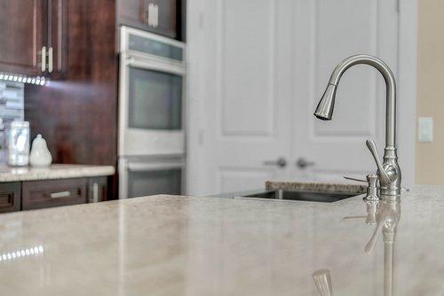 9000-Easterling-Dr--Orlando--FL-32819----15---Kitchen.jpg