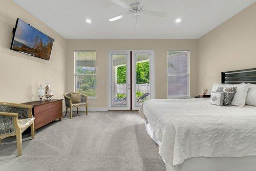 9000-Easterling-Dr--Orlando--FL-32819----24---Master-Bedroom.jpg
