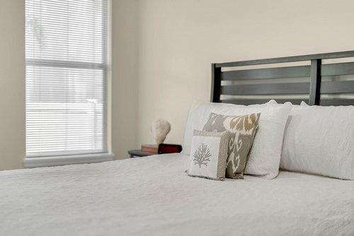 9000-Easterling-Dr--Orlando--FL-32819----26---Master-Bedroom.jpg