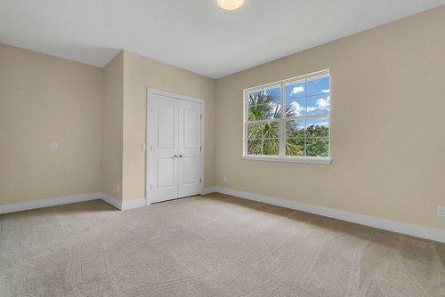 9000-Easterling-Dr--Orlando--FL-32819----31---Bedroom.jpg