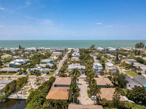 216-69th-St--Holmes-Beach--FL-34217--45--Aerial-2.jpg