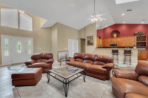 5219-Fawnway-Ct--Orlando--FL-32819----10---Family-Room.jpg