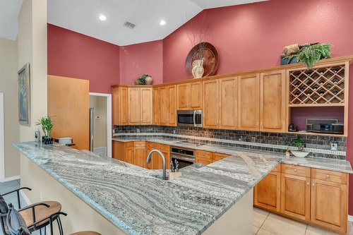 5219-Fawnway-Ct--Orlando--FL-32819----12---Kitchen.jpg