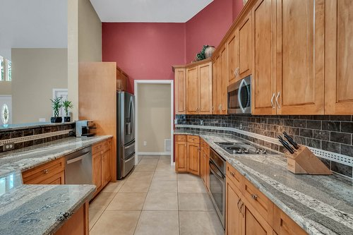 5219-Fawnway-Ct--Orlando--FL-32819----13---Kitchen.jpg