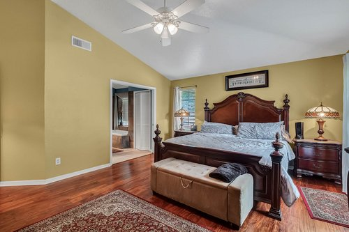 5219-Fawnway-Ct--Orlando--FL-32819----17---Master-Bedroom.jpg