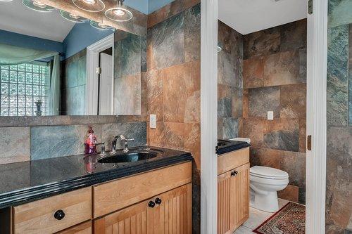 5219-Fawnway-Ct--Orlando--FL-32819----19---Master-Bathroom.jpg