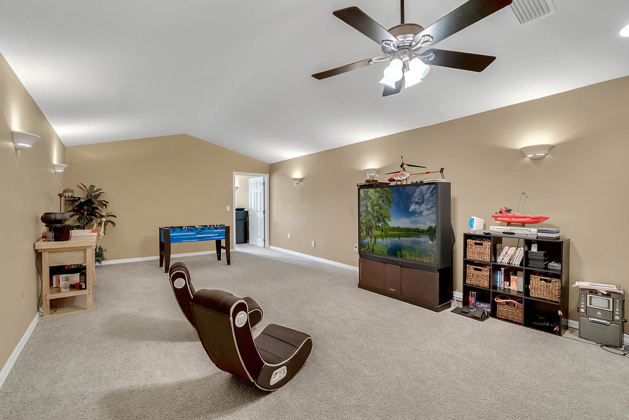7919-Florida-Boys-Ranch-Rd--Groveland--FL-34736----17---Bonus-Room.jpg