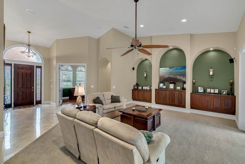 7919-Florida-Boys-Ranch-Rd--Groveland--FL-34736----07---Foyer.jpg