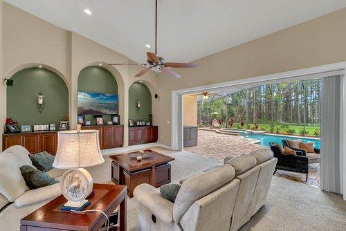7919-Florida-Boys-Ranch-Rd--Groveland--FL-34736----09---Family-Room.jpg