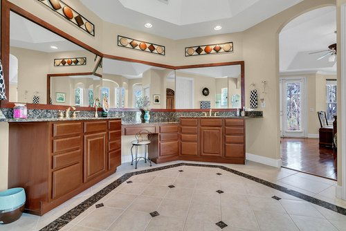 11648-Osprey-Pointe-Blvd--Clermont--FL-34711---26---Master-Bathroom.jpg