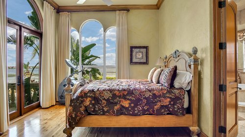 9043-Southern-Breeze-Dr--Orlando--FL-32836----28---Bedroom.jpg