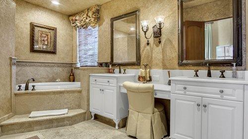 9043-Southern-Breeze-Dr--Orlando--FL-32836----30---Bathroom.jpg
