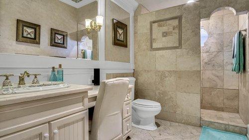 9043-Southern-Breeze-Dr--Orlando--FL-32836----38---Bathroom.jpg