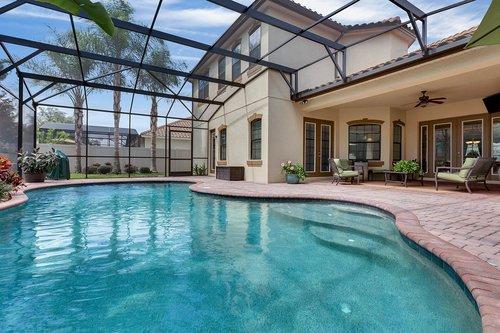 Exterior-05---Pool---Lanai---1260-Bella-Vista-Cir--Longwood--FL-32779.jpg