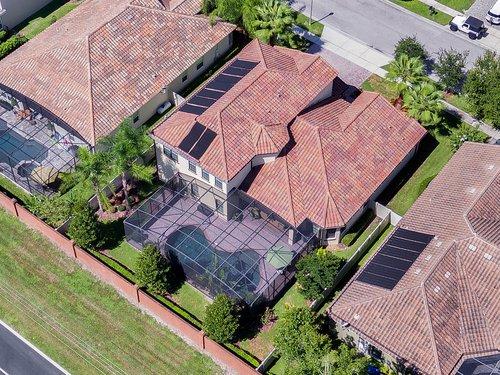 Exterior-09---Aerial---1260-Bella-Vista-Cir--Longwood--FL-32779.jpg