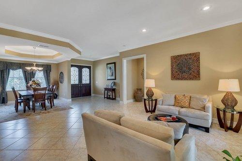 Interior-12---Living-Room---Foyer---1260-Bella-Vista-Cir--Longwood--FL-32779.jpg