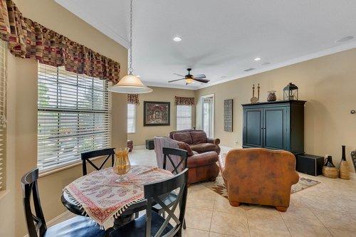 Interior-15---Breakfast-Nook---Family-Room---1260-Bella-Vista-Cir--Longwood--FL-32779.jpg