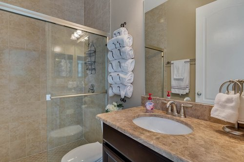 Interior-25---Bathroom---1260-Bella-Vista-Cir--Longwood--FL-32779.jpg