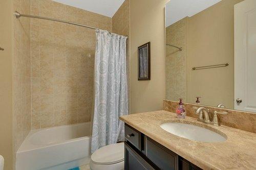 Interior-32---Bathroom---1260-Bella-Vista-Cir--Longwood--FL-32779.jpg