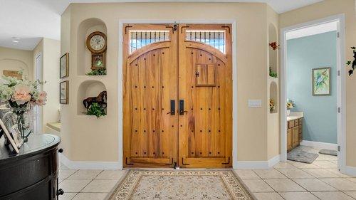 2421-Lake-St--Deltona--FL-32738----04---Foyer.jpg